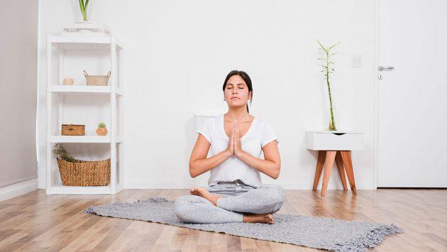 Cómo hacer yoga en casa por primera vez 3